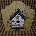 birdhouse with pit berry blue